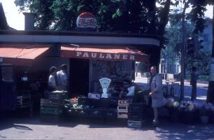 Der Kiosk mit Eigentümer Götz Rohbogner am alten Bahnhofsplatz